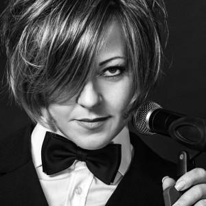 Lee'Oh - Die Sängerin mit der Espressostimme zu Gast bei Tommy's Musikparadies Ansbach